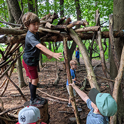 kids building a fort